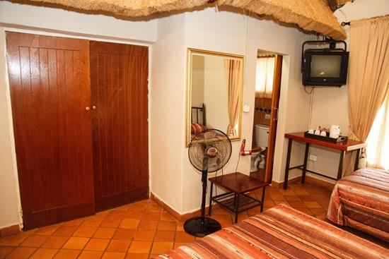 Isiyala, A Forever Lodge: Family Suite (Room Nr: 1 & 3)
