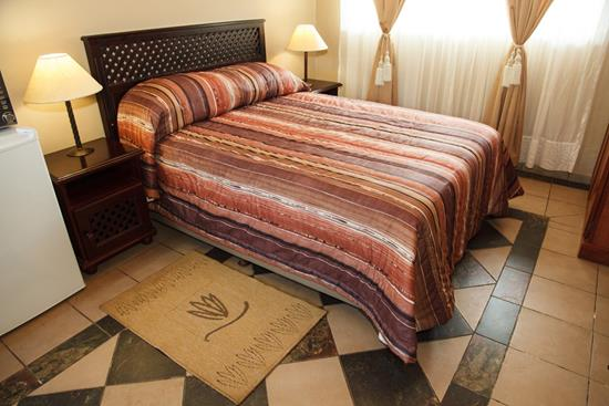 Isiyala, A Forever Lodge: Double Suite (double bed)